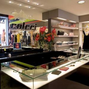 mostrador-tienda-Colcci-Bilbao